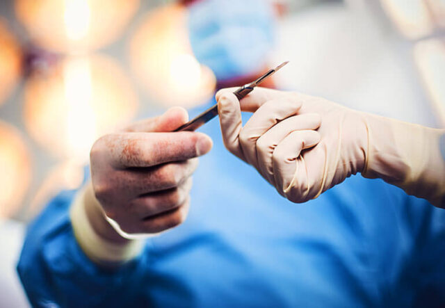 How to choose the best plastic surgeon